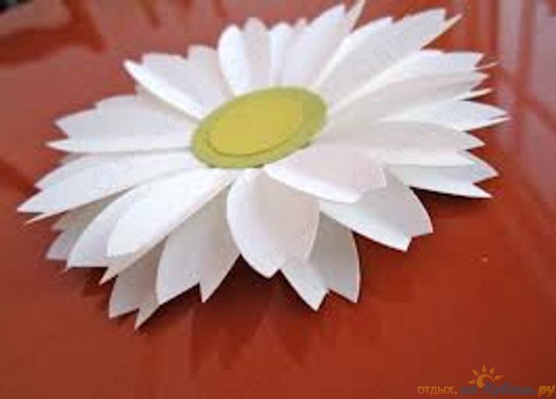 Цветы своими руками из бумаги ромашка