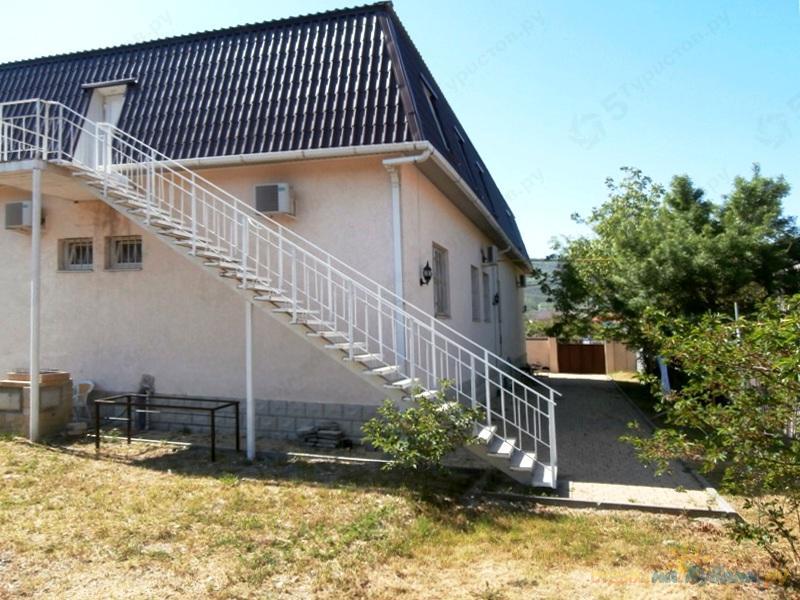 гостиницы в посёлке кабардинка геленджикского района краснодарского края на совхозной улице посёлка