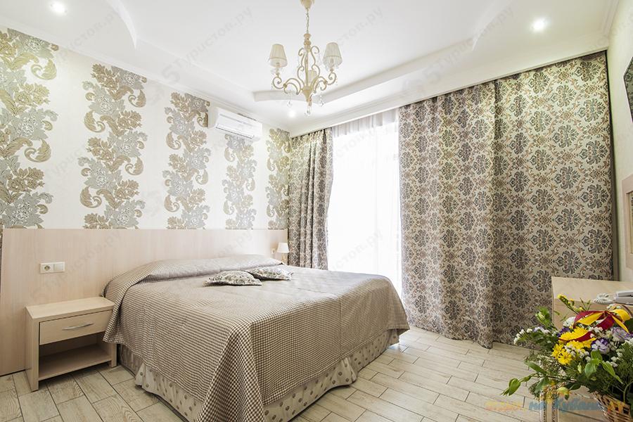 71410bff51c Номер Семейный Люкс бутик-отеля Ахиллеон Парк Бутик Отель